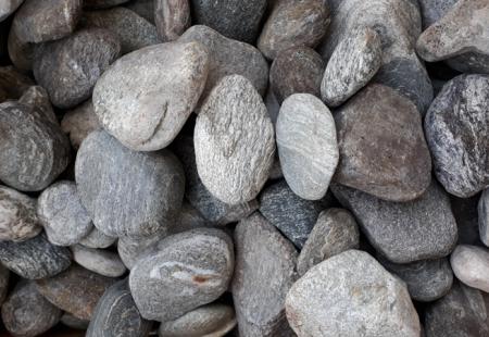 Steine werfen